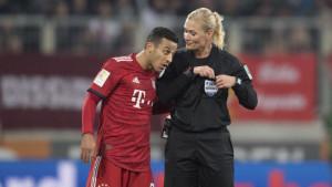 Iranci otkazali prenos meča Augsburg - Bayern jer je utakmicu sudila žena