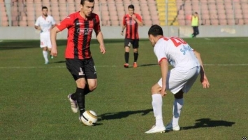 Fenan Salčinović produžio ugovor s Čelikom