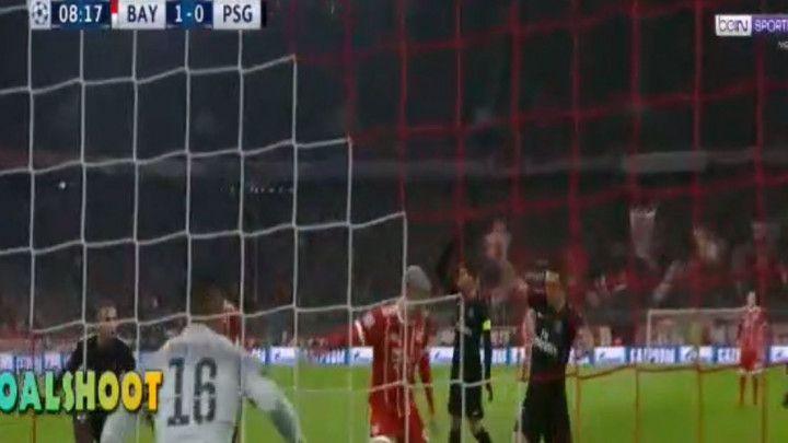 Bayern poveo u derbiju protiv PSG-a