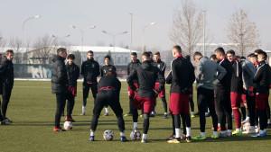 Nogometaši Sarajeva odradili prvi trening pod palicom Vinka Marinovića