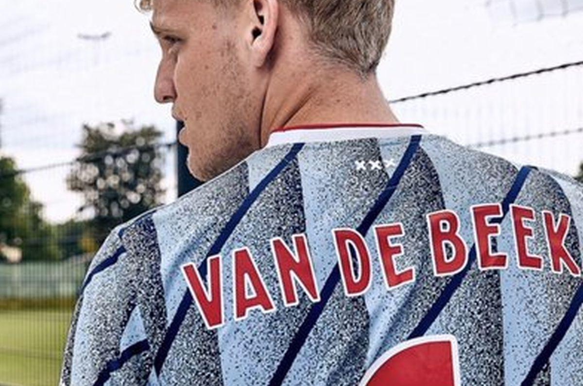 Van de Beek objavio fotografije u novom dresu, čini se da je poznato gdje će igrati sljedeće sezone