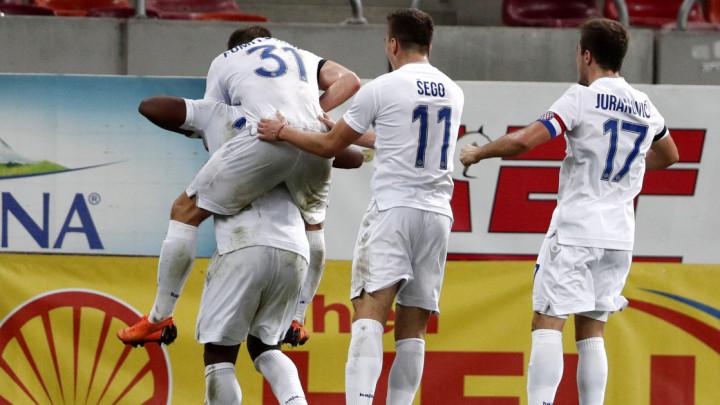 Ludnica na Poljudu: Hajduk dobio Dinamo, tri igrača isključena