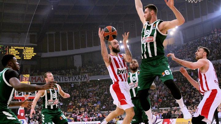 Olympiakos u derbiju bolji od Panathinaikosa, Fenerbahče nastavio da melje sve pred sobom