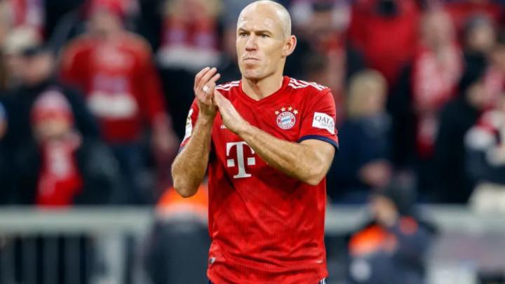 Robben se ponudio klubu iz Serije A