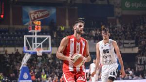Zvezda protiv Partizana mijenjala dresove, na kraju ostvarila novu pobjedu