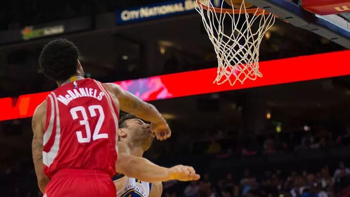 Košarkaš Houstona slomio nos protivničkom igraču