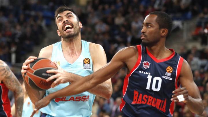 Barca pala u Blaugrani: Baskonia na korak do Top 8