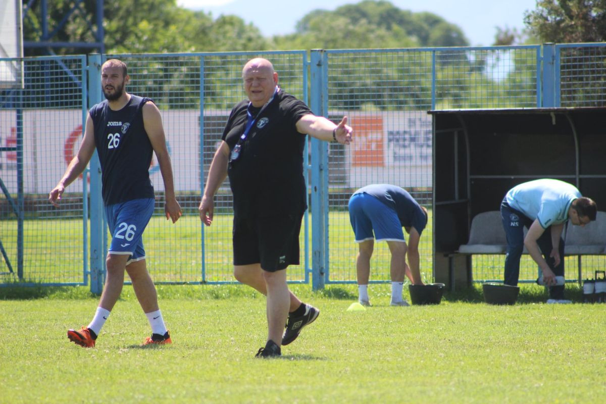 Fudbaleri Radnika odradili prvi trening