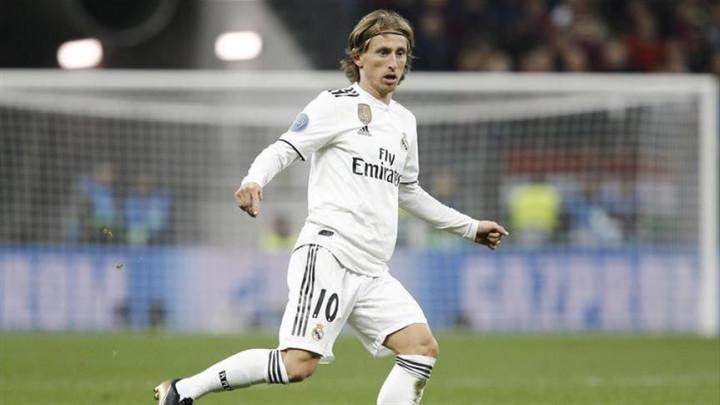 Modrićev dres postigao najvišu cijenu na Realovoj aukciji
