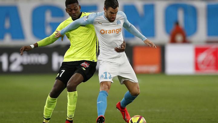Marseille Strootmana ponudio klubovima iz Premiershipa