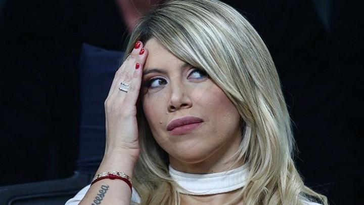 """Wanda ponovo u seksi izdanju, Icardi joj komentarisao fotografiju: """"Bomba!"""""""