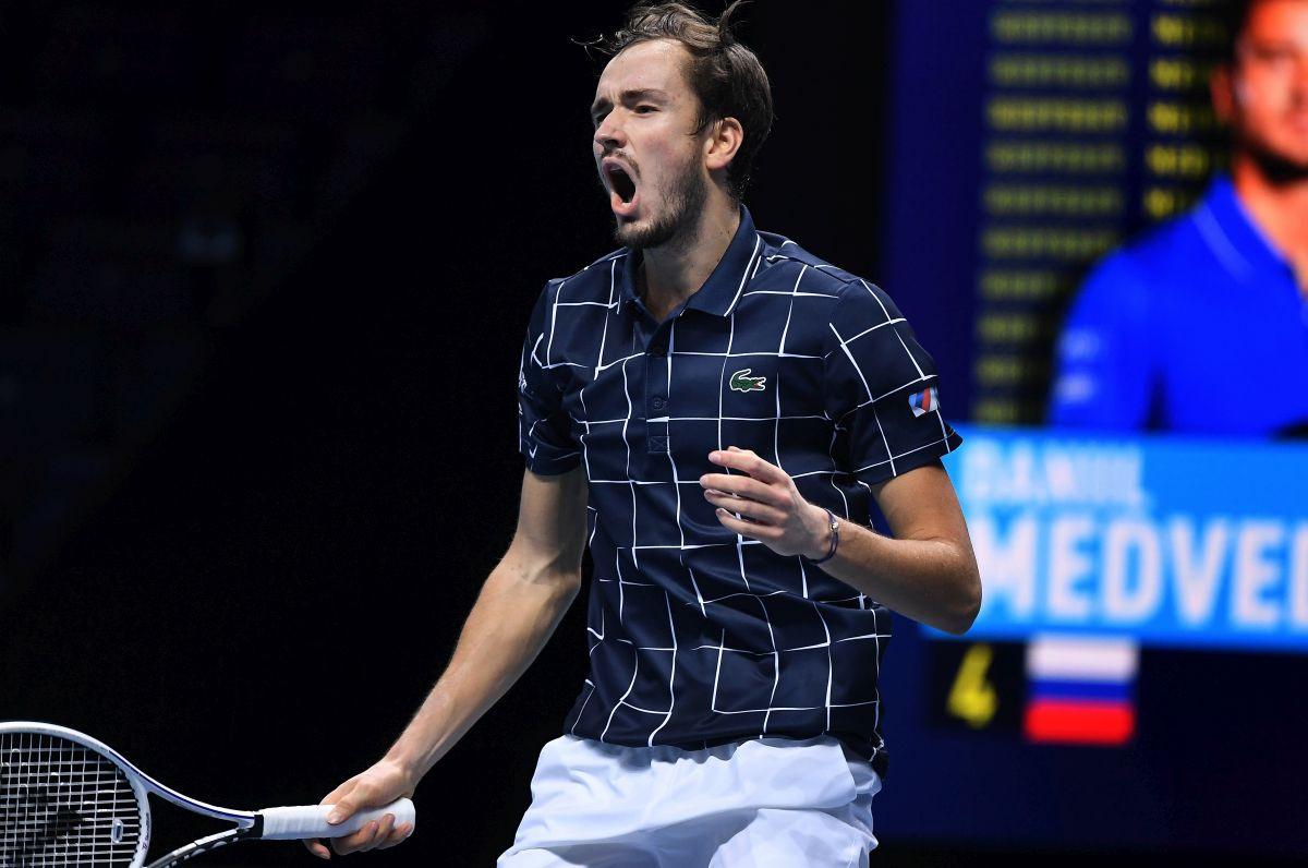 Medvedev poslije preokreta pobijedio Nadala