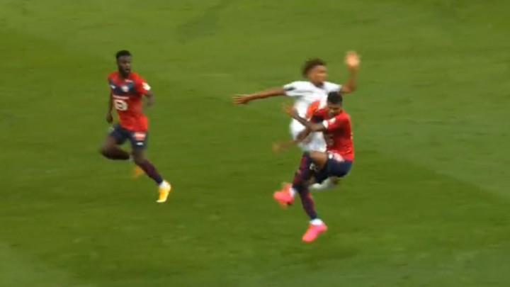 Ovakva brutalnost odavno nije viđena na jednoj utakmici: Crveni karton je mala kazna