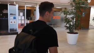 Milik odletio za Švicarsku, njegova koljena mogu biti jedina prepreka za Džekin transfer