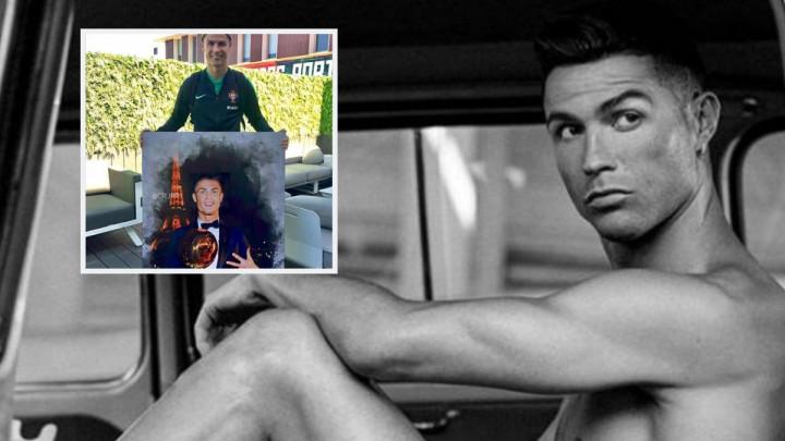 Je li ipak zaljubljen u sebe? Ronaldo se slikao sa svojom slikom