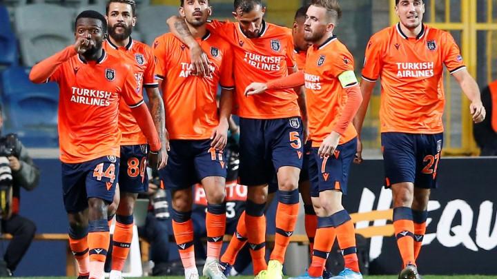 Edin Višća pogodio za Basaksehir, ali u 96. minuti ostao bez pobjede