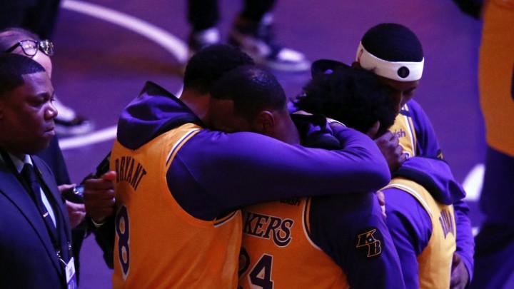 Najduži let ikad: Kako je Anthony Davis probudio Jamesa i rekao mu da je Kobe poginuo