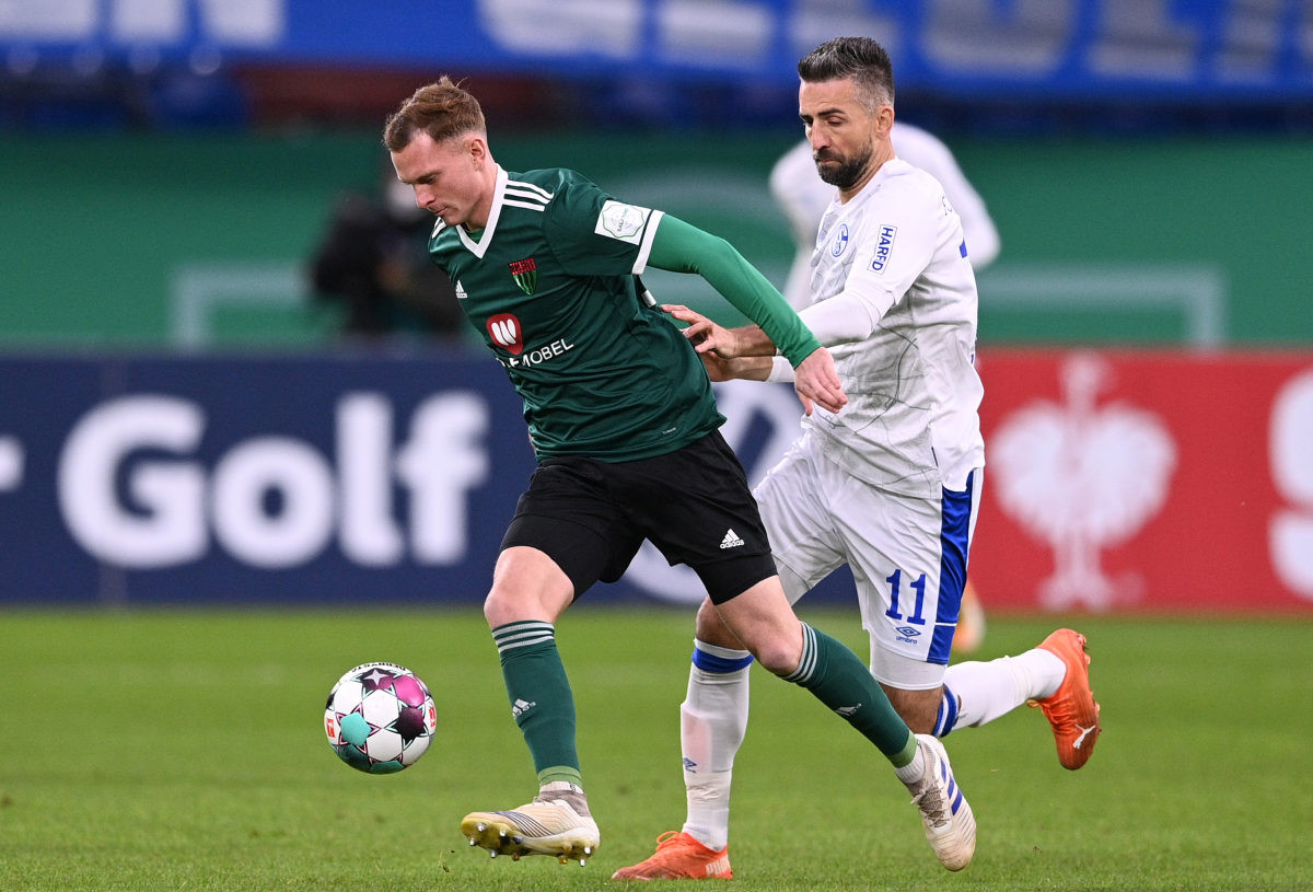 Zbog incidenta na treningu Schalke otpušta Vedada Ibiševića!