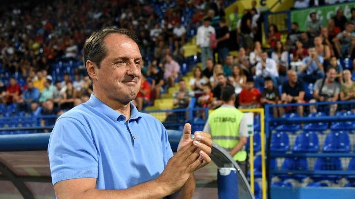 Hadžibegić pred utakmicu Engleska - Crna Gora komentarisao sukob Gomeza i Sterlinga