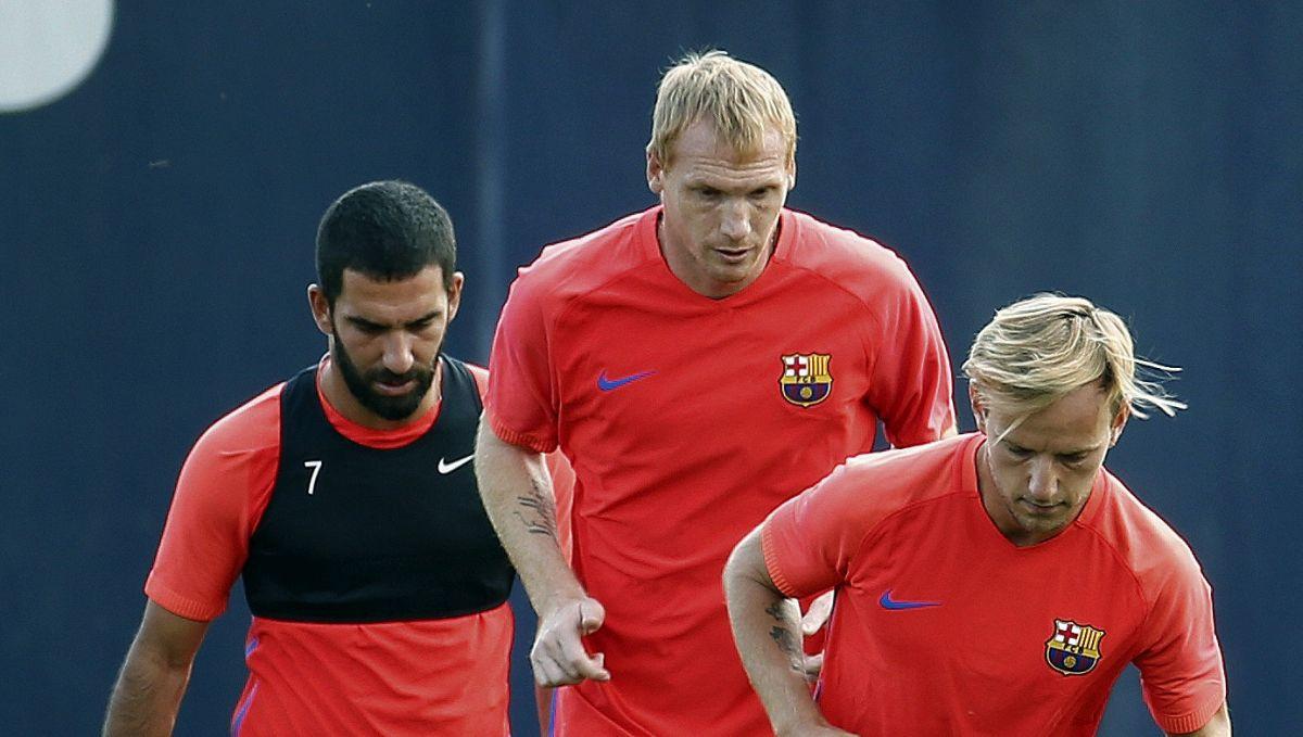 """""""Mene su ubijali u Barceloni, a sada to isto prolazi Lenglet i za mene to nije fudbal"""""""