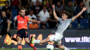 Basaksehir poražen na svom terenu od Olympiacosa, Edin Višća promašio penal u 92. minuti