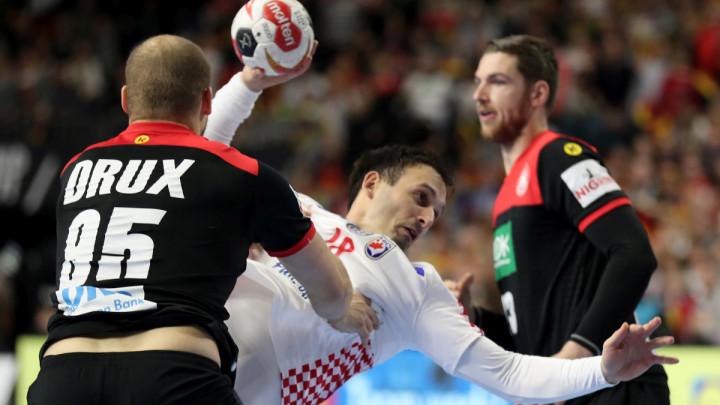 Krađa u Kölnu: Njemačka u polufinalu, Hrvatska ispala