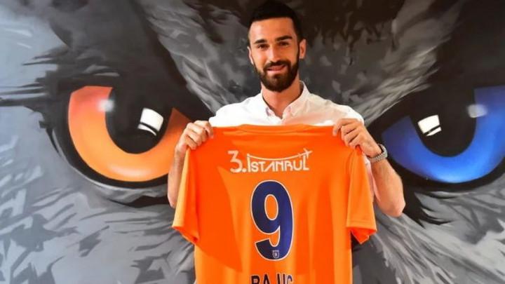 Riad Bajić ostaje u Basaksehiru