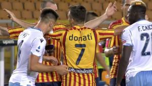 Novi Suarez se pojavio u Lecceu: Igrač Lazija ugrizao protivnika!