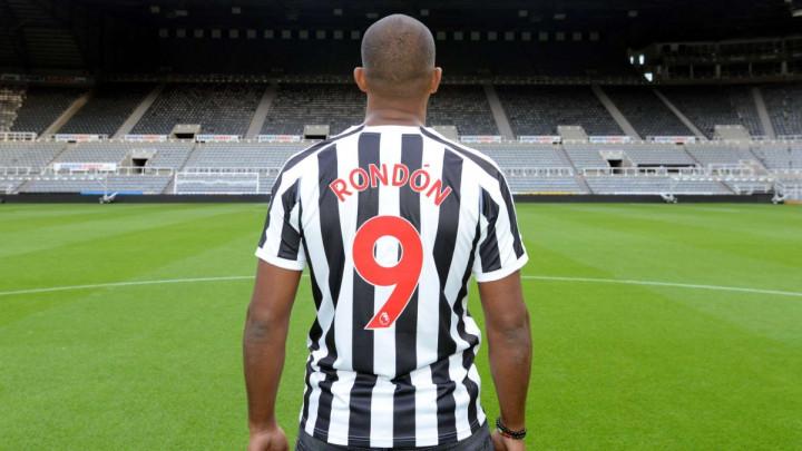 Newcastle predstavio novu 'devetku'