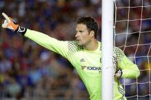Chelsea odbio ponudu za Begovića, pregovori se nastavljaju