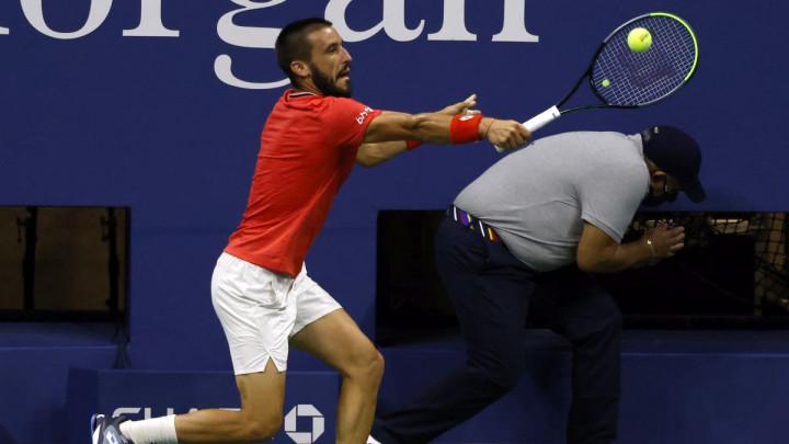 Nije imao šanse protiv Đokovića: Džumhur poražen u prvom kolu US Opena