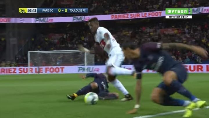 Prije dvije godine je obrukao zvijezde PSG-a, a sada bi mogao postati saigrač Hajrovića i Gojaka