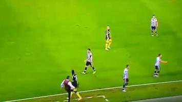 Mihajlović počastio Balotellija udarcem nogom u zadnjicu