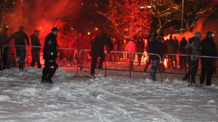 Policija intervenisala: Sukob navijača Čelika