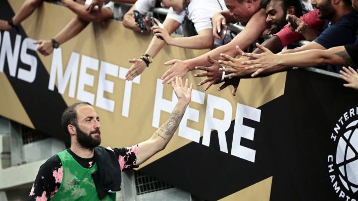 Higuain zabio gol Tottenhamu, pa saznao loše vijesti od čelnika Juventusa