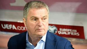 Tumbaković nakon bojkota utakmice sa Kosovom i otkaza u Crnoj Gori dobija posao u Srbiji?