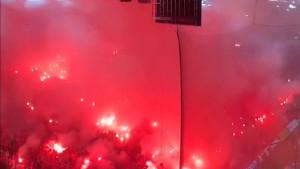 Karaiskakis je gorio: Navijači Olympiakosa bukvalno su zapalili stadion