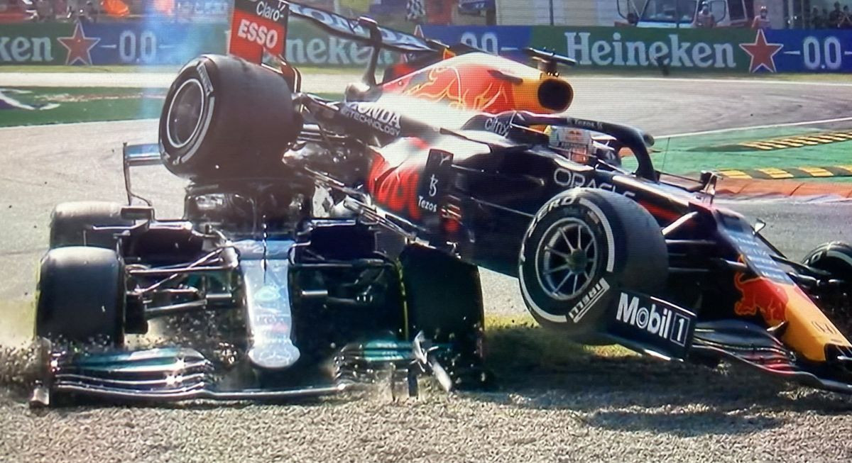 """Veliki incident u Monzi: Verstappen """"najahao"""" na Hamiltona i izbacio obojicu iz utrke"""