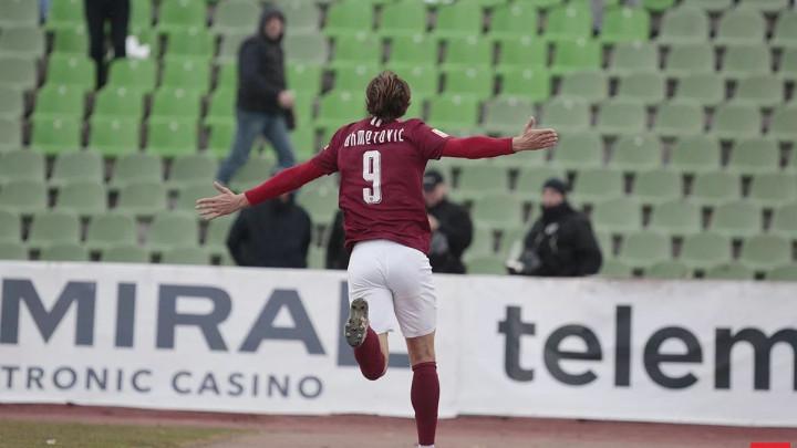 Bitka za najboljeg strijelca Premijer lige: Koliko mogu Krpić i Ahmetović?