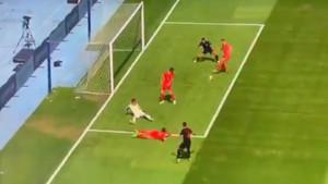 Igrači Velsa tražili prekršaj, a Hrvatska odigrala strašnu kontru i povela sa 1:0