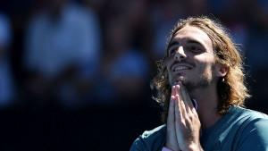 Tsitsipas nastavio s čudesnim igrama i došao do polufinala Australian Opena