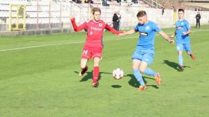 Mladost DK poslala dvojicu igrača u Jedinstvo