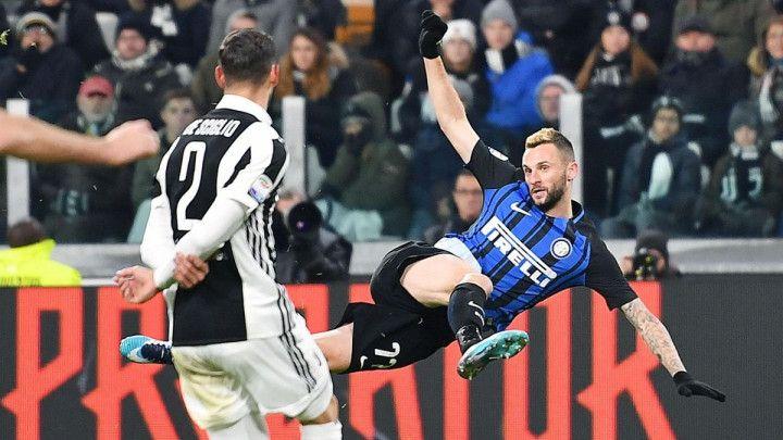 Inter ponudio Brozovića Sevilli