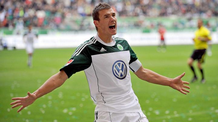 Wolfsburg se na Twitteru prisjetio Džeke: Sjećate li se ovog gola?