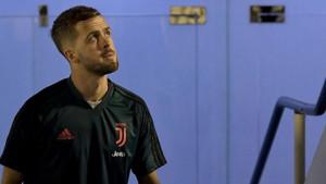 Komentar bivšeg igrača Barcelone na Pjanićevoj objavi privukao pažnju španskih medija