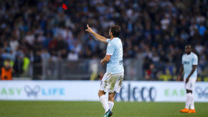 Poziranje u novom dresu kao dokaz gdje će Lulić igrati sljedeće sezone