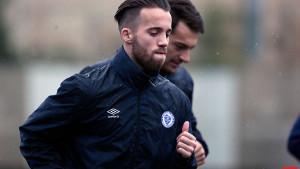 Mustafa Mujezinović produžio ugovor sa FK Željezničar, uskoro još jedan potpis na Grbavici