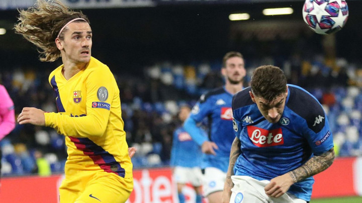 Griezmann poklonio sinu dres kluba za koji navija od djetinjstva, a to je zasmetalo navijačima Barce