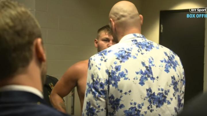 Fury prebio Schwarza, a onda otišao u njegovu svlačionicu i napravio gospodski potez