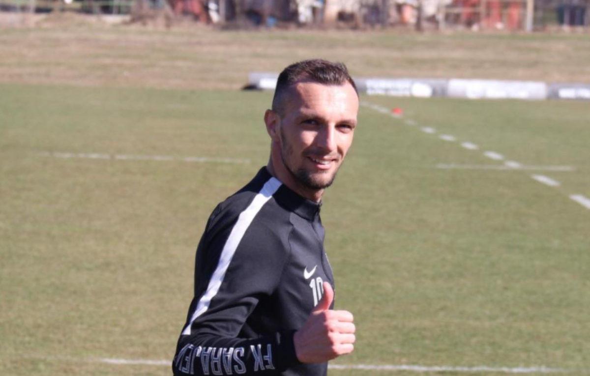 Nasmijani i dobro raspoloženi Jasmin Mešanović odradio prvi trening sa ekipom Sarajeva